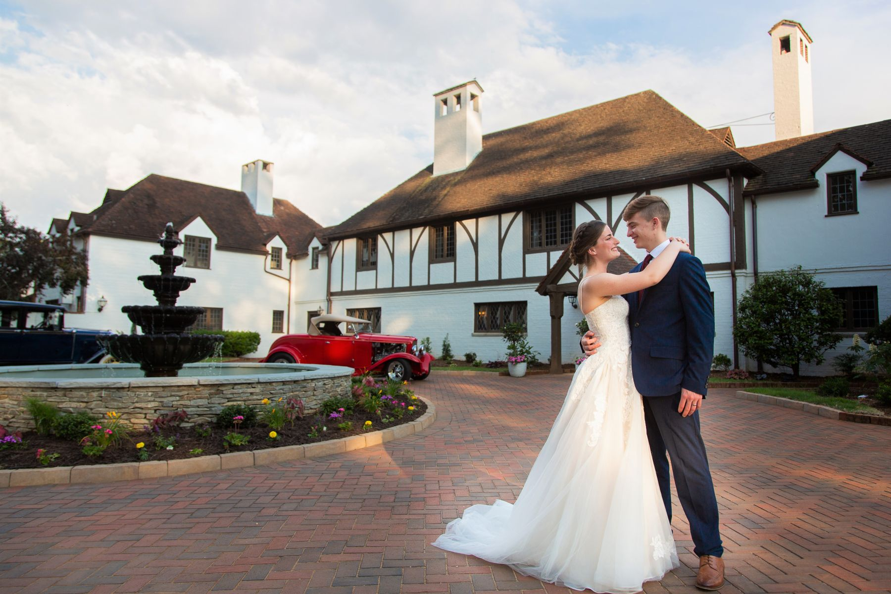 Bride-Groom-Courtyard-1-2